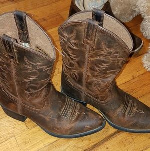 Ariat girl boots